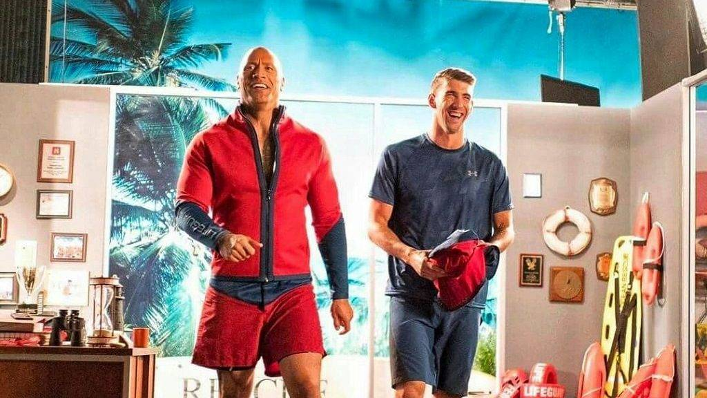 baywatch-dwayne-johnson-michael-phelps-1024x576