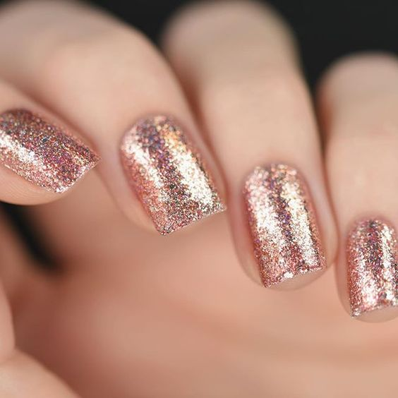 uñas rose gold